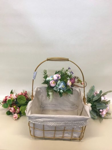 Set 2 giỏ sắt lưới mạ vàng cắm hoa vải tote viền ren có quai xách - PLNK072