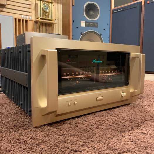 Accuphase P-71006