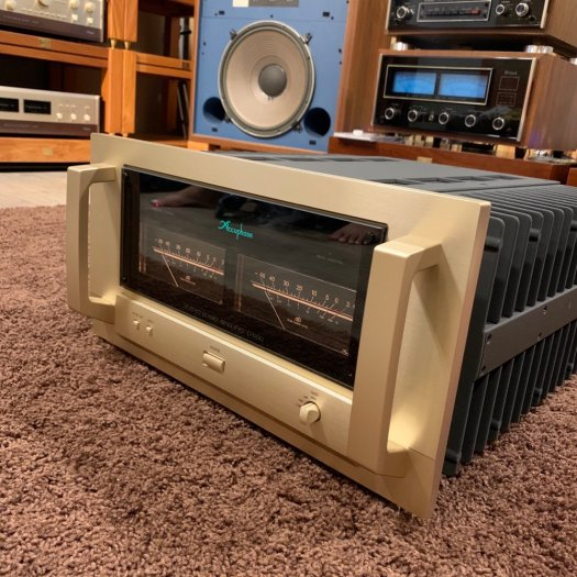 Accuphase P-71005