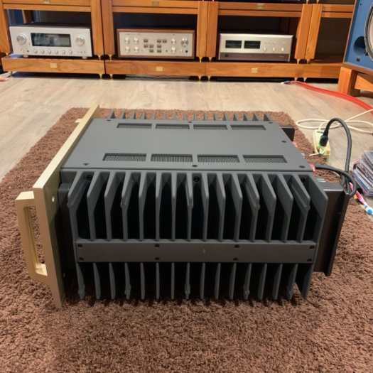 Accuphase P-71002