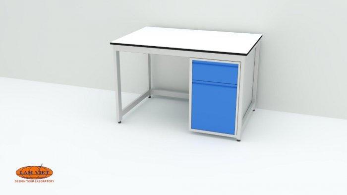 Bàn thí nghiệm đơn có hộc tủ 1500 mm0
