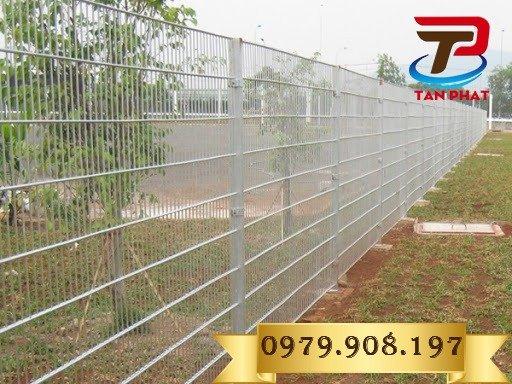 Hàng rào lưới thẳng sơn tĩnh điện, hàng rào lưới thép đẹp0