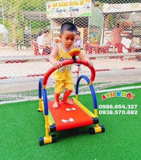 Tập gym chạy bộ mini cho trẻ em4