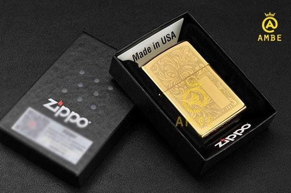 Bật lửa Zippo 352B hoa văn Ý0
