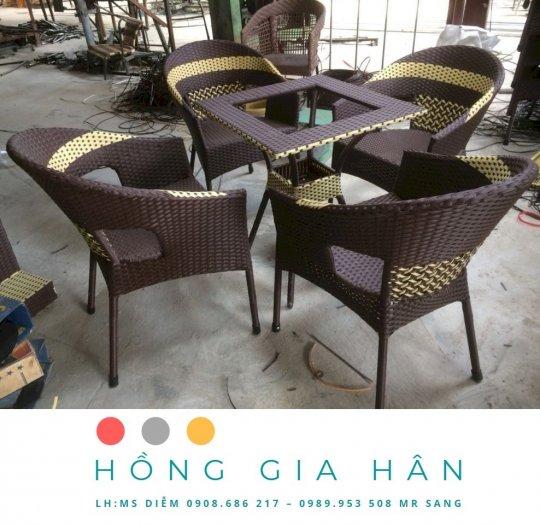 Nội Thất Mây Nhựa Cho Cafe, Quán Ăn Hồng Gia Hân0