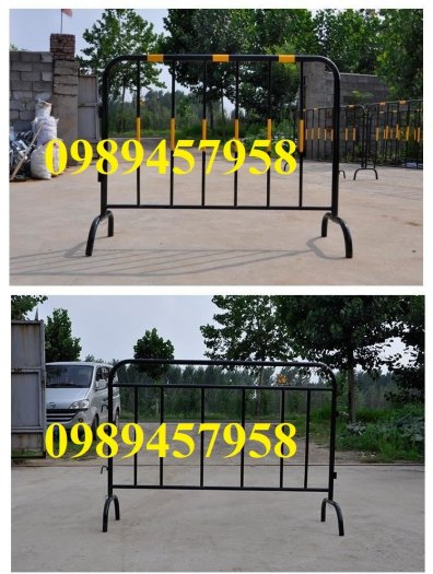 Sản xuất hàng rào di động khoanh khu vực cách ly Covid 1mx2m, 1,2mx2m và 1,5mx2m0