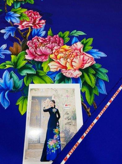 Vải áo dài nhung nhật đính đá TU 131 của vải áo dài Kim Ngọc21
