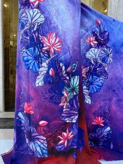 Vải áo dài nhung nhật đính đá BT 1101 của vải áo dài Kim Ngọc9
