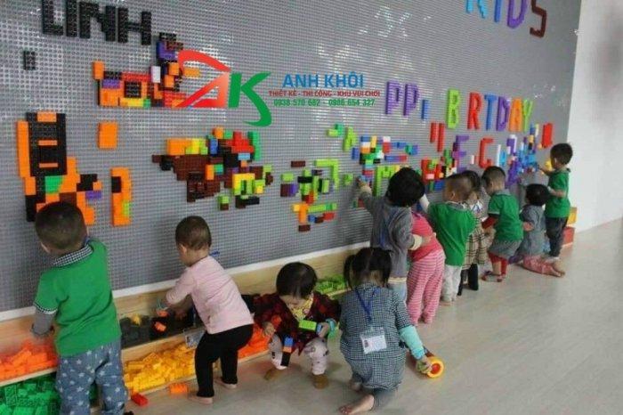 Lắp ghép Lego tư duy sáng tạo cho trẻ1