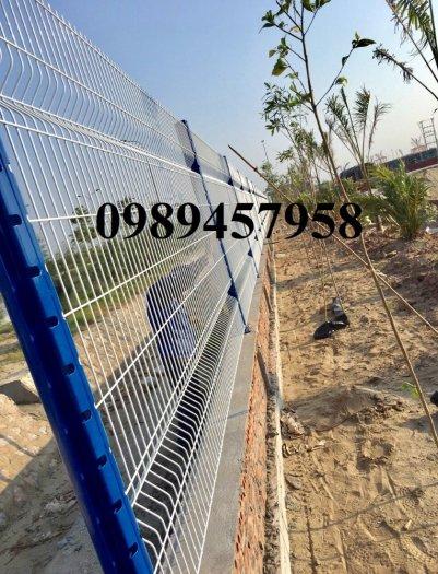 Lưới hàng rào sơn tĩnh điện phi 5 a 50x150, Hàng rào mạ kẽm nhúng nóng D5 50x2003