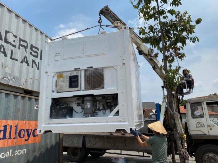 Container lạnh 10feet máy Daikin1