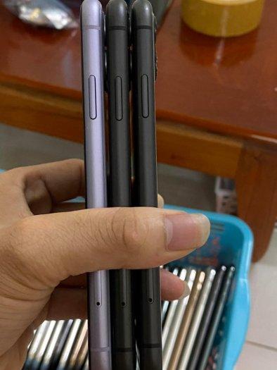 Iphone 11 64g zin đẹp 98 99% pin 9x giá tốt0