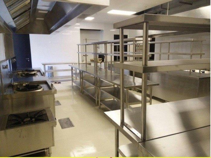 Bàn bếp inox có kệ để đồ Hải Minh HM 0110