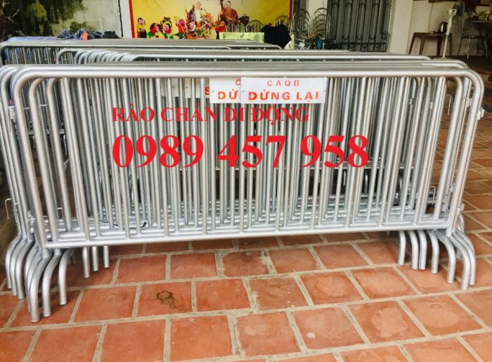 Gia công hàng rào chắn tạm thời, Hàng rào giãn cách dịch Covid 1,2mx2m, 1mx2m6