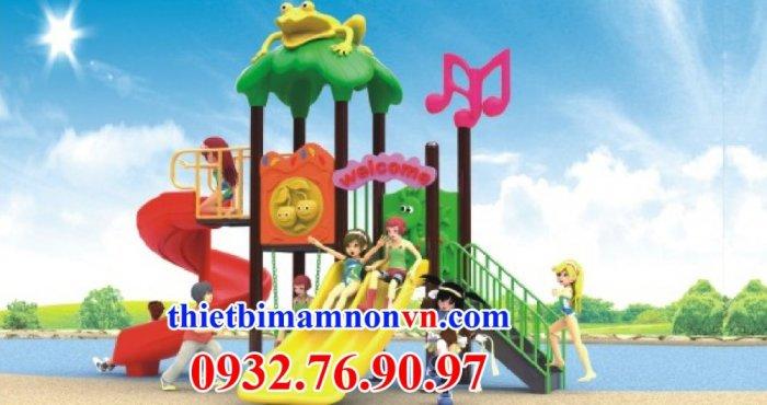 Cầu trượt cho trẻ em chơi ngoài trời1