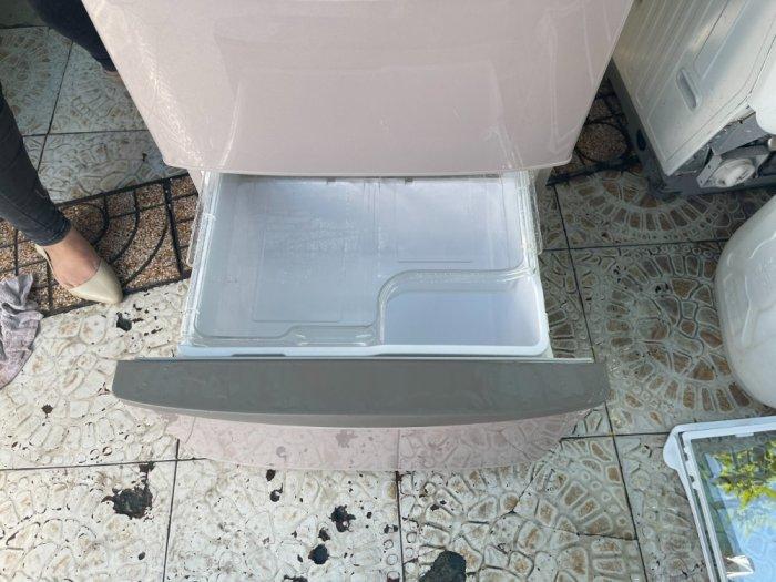 Tủ lạnh HITACHI R-S42AML - 415Lít- 5 cánh - date 20111