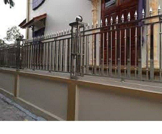 Hàng rào bảo vệ ngôi nhà Hải Minh12