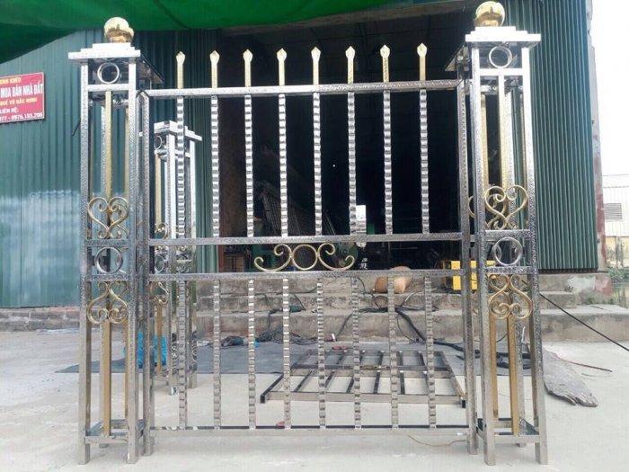 Hàng rào bảo vệ ngôi nhà Hải Minh6