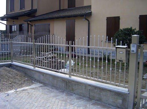 Hàng rào bảo vệ ngôi nhà Hải Minh5