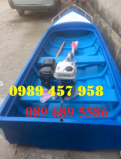 Thuyền composite chở 8-10 người, Thuyền chở 4-6 người có sẵn5