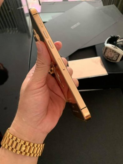 Golden Ace iphone 12 pro max vàng khối8
