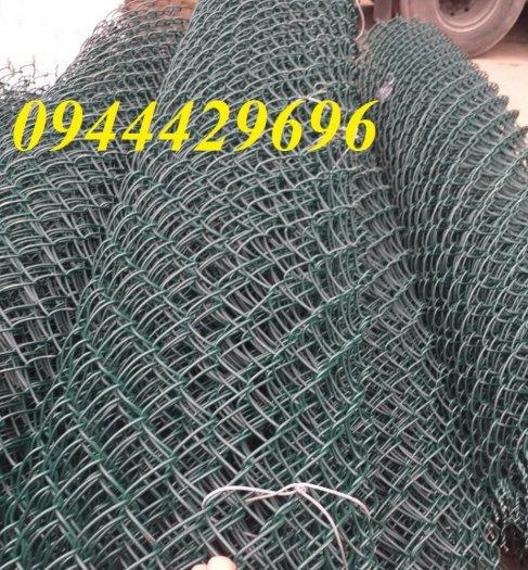 Lưới B40 bọc nhựa khổ 2.4m4