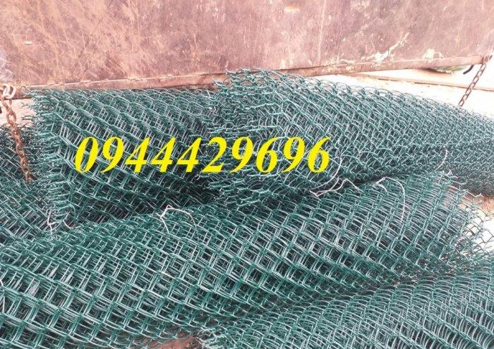 Lưới B40 bọc nhựa khổ 2.4m2