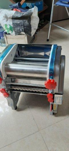 Máy cán và cắt sợi bánh canh, máy cắt sợi bánh canh bột năng, máy cán bột và cắt sơi1