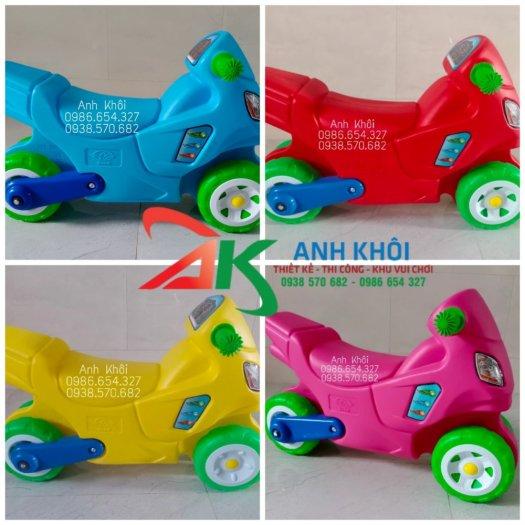 Xe chòi chân trẻ em,xe chòi mầm non nhập khẩu0