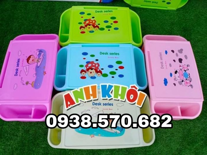 Bàn nhựa trẻ em3