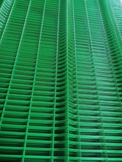 Lưới hàng rào D6 sơn tĩnh điện màu xanh lá, chấn sóng- Nhật Minh Hiếu3