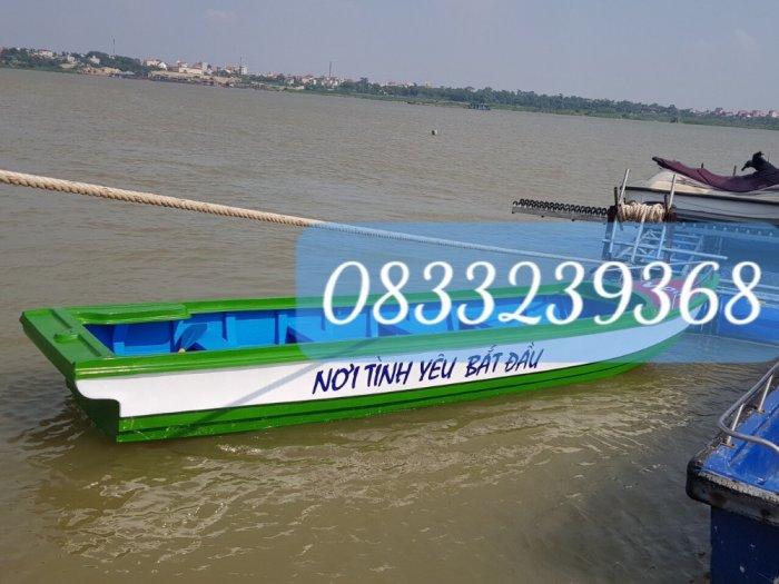 Thuyền composite vận tải hàng hóa, cứu hộ tải trọng 1400kg(kèm áo phao cứu sinh)1