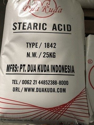 Axit stearic 18421