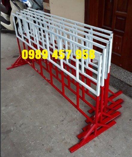 Hàng rào di động cách ly khu vực, Hàng rào di động có sẵn 1mx2m, 1,2mx2m, 1,5mx2m4