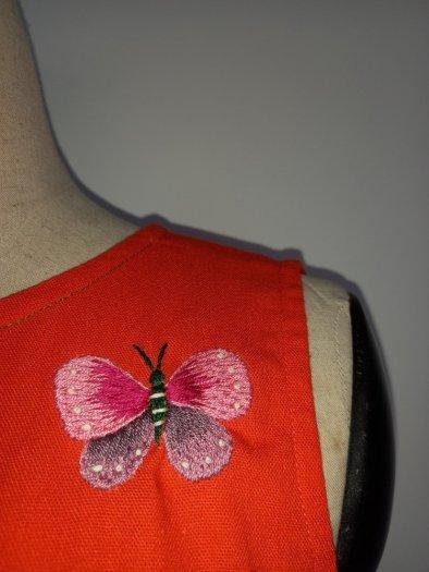 Đầm suông màu cam thêu hình bươm bướm thời trang tự thiết kế D8.31