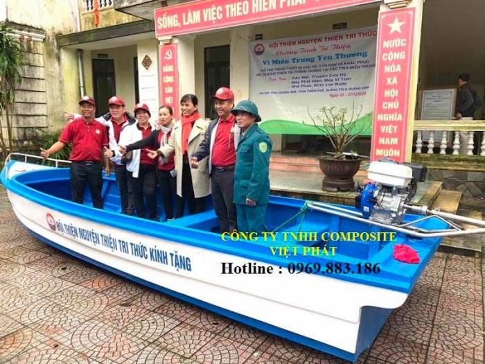 Xưởng ghe thuyền Composite Hà Nội  Việt Phát Thuyền cứu trợ lũ lụt, thuyền cứu hộ  thiện nguyện   -09698831866
