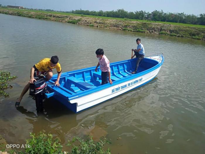 Xưởng ghe thuyền Composite Hà Nội  Việt Phát Thuyền cứu trợ lũ lụt, thuyền cứu hộ  thiện nguyện   -096988318615