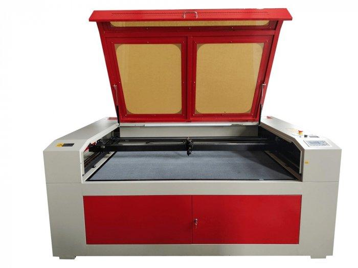 Máy cắt laser 1610 khuyến mại giảm giá phù hợp với sản xuất khẩu trang tại thành phố thủ đức1