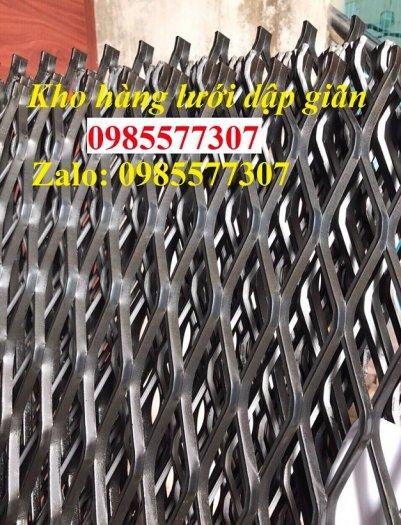 Sản xuất lưới thép dập giãn, lưới hình thoi, lưới quả trám dùng trang trí, bảo vệ trong công trình xây dựng4