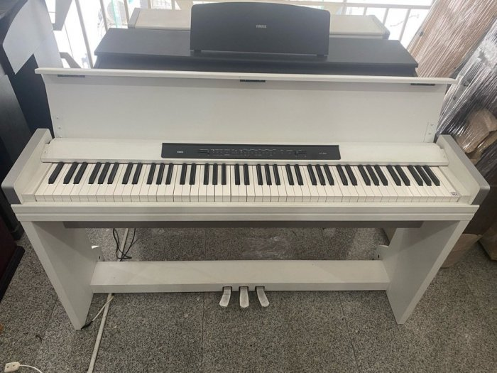 Đàn Piano điện Korg LP 350 Trắng3