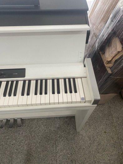 Đàn Piano điện Korg LP 350 Trắng1
