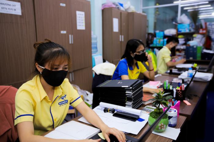 Công ty sản xuất khẩu trang vải kháng khuẩn - may in thêu logo thương hiệu - Dony Mask  - 098832576710