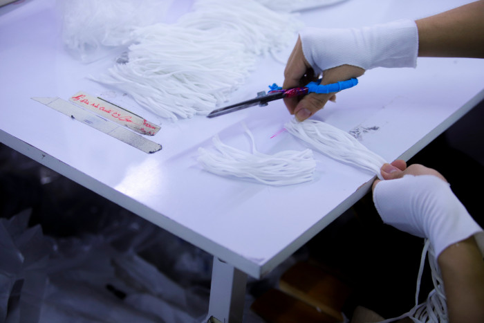 Công ty sản xuất khẩu trang vải kháng khuẩn - may in thêu logo thương hiệu - Dony Mask  - 098832576728