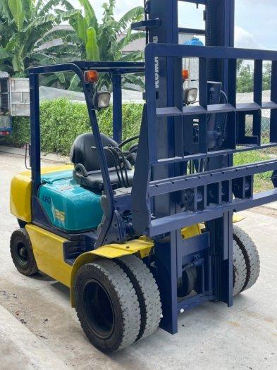 Xe nâng dầu Komatsu 2,5 tấn1