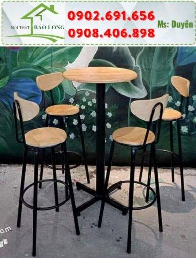 Bộ bàn ghế bar cafe gỗ chân sắt sơn tĩnh điện0