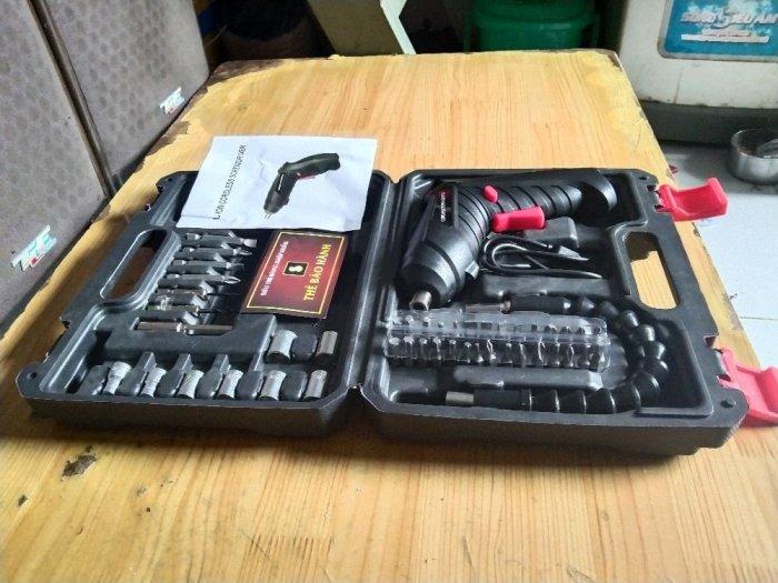 Máy khoan pin đa năng 32 chi tiết8