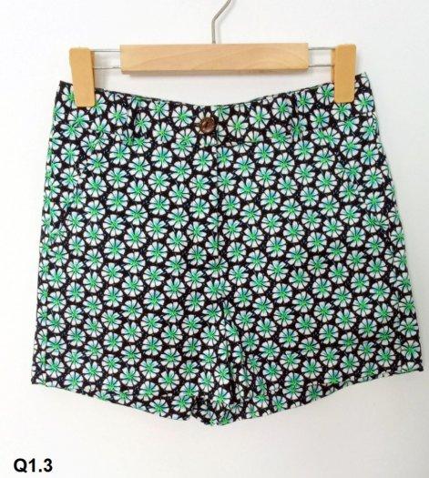 Quần Short nữ họa tiết hoa thời trang tự thiết kế Q1.32
