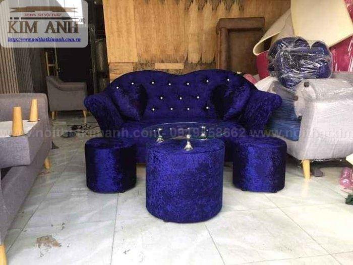 Có nên chọn mua sofa vải nhung cho phòng khách hay không ?2