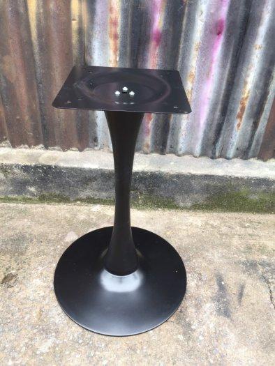 Chân bàn cafe sắt tulip nhập khẩu màu đen1