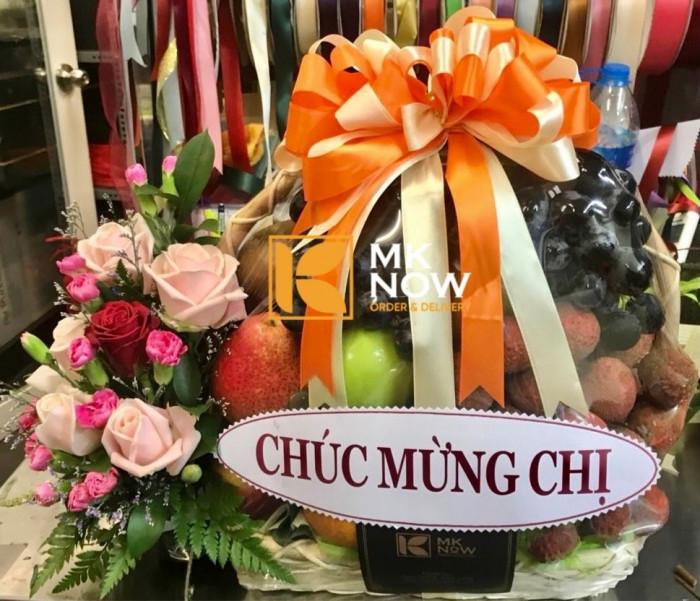 Tặng quà gì cho vợ mới sinh, thăm bà đẻ nên mua hoa quả gì